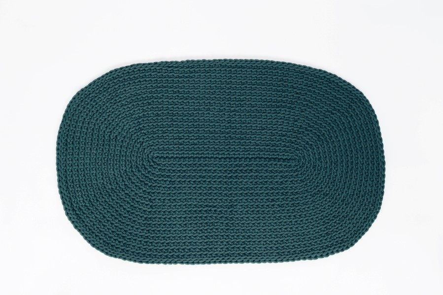 OVAL carpet